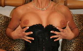 Mature.eu This Horny Housewife Loves To Play Alone