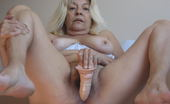Mature.eu When Mama Gets Horny She Needs Something In Her Pussy