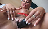 Mature.eu This Horny Mature Nympho Loves To Play With Her Toys