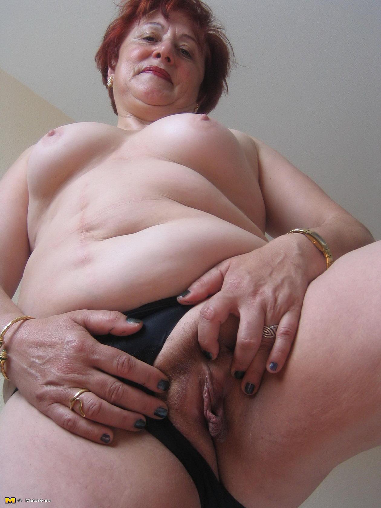 Фото порно пезд старушек 20 фотография