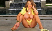 King Dong Jenna Presley Needs Help Around The House And Gets Handy Man To Do Her And The Work