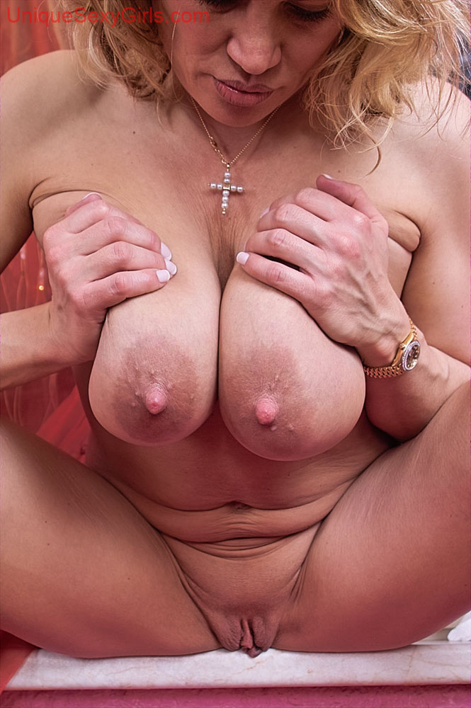 Coco johnsen naked