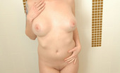 Spunky Angels Cassie Leanne Cassie Leanne Gets Naked In A Tub Full Of Cereal And Milk Cassiefruitloops