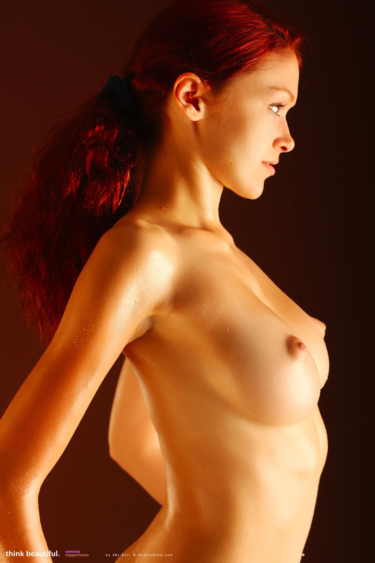 Vanessa Kai  nackt