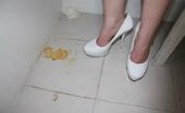 Are some www gloryhole girlz Gosselaar wore