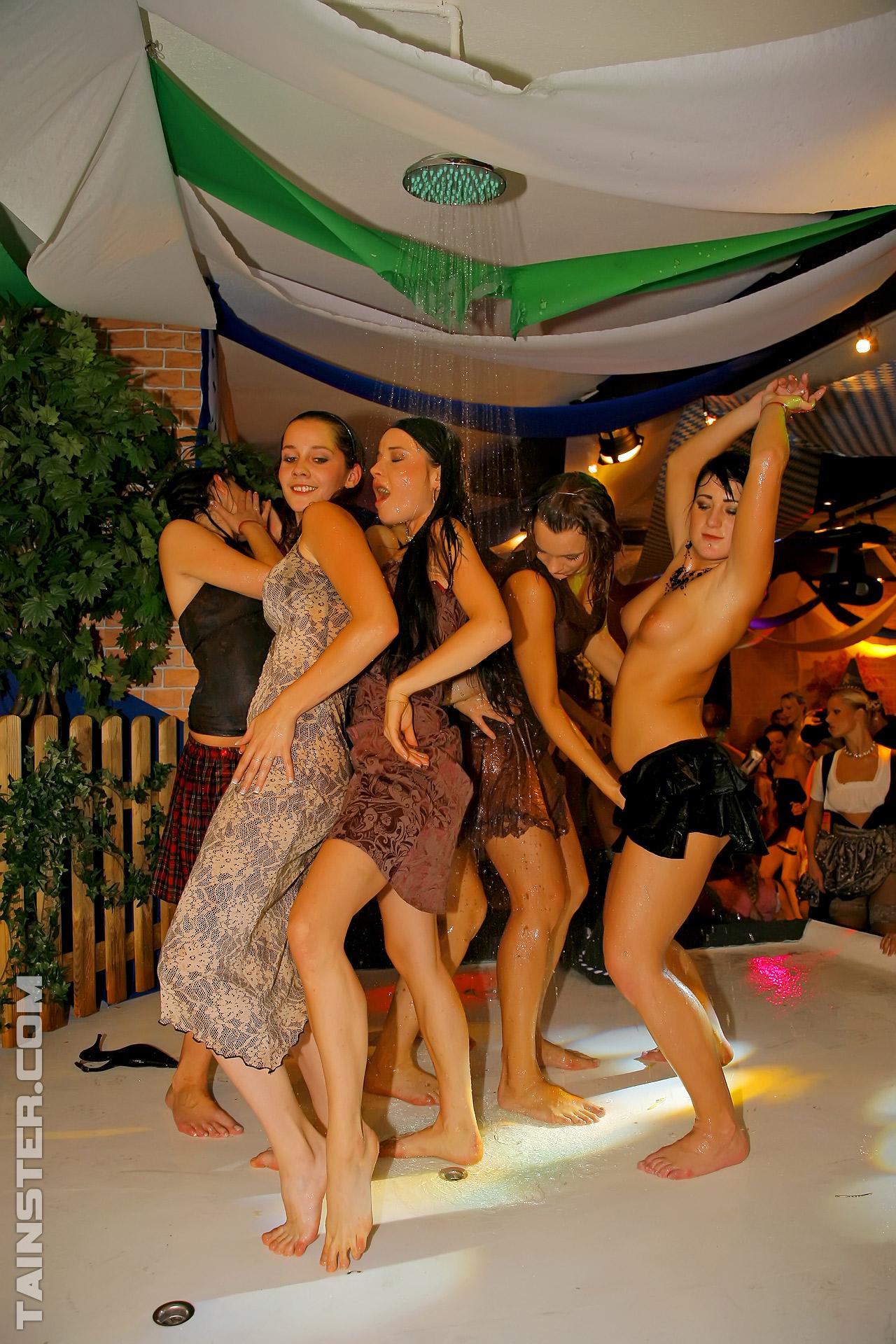 Dream Drunk teens suck the strippers gorgeous