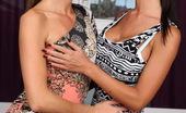 Lez Kiss 199633 Elisa & Nessa