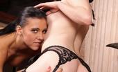Hustler 200463 New 2011 Whos-Nailin-Palin-2 Ivy Winters