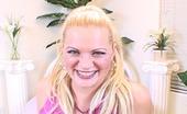 Creampie Cuties Clarissa Blonde Fucks And Sucks Her Creampie From Her Fingers
