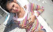 Thai Girls Wild Ouy Softcore Emo Thai Chick Posing Outdoors