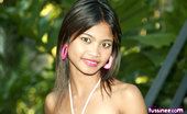 Tussinee Noochie Boochie Sexy Thai Teen Flashes Outside At The Gardens