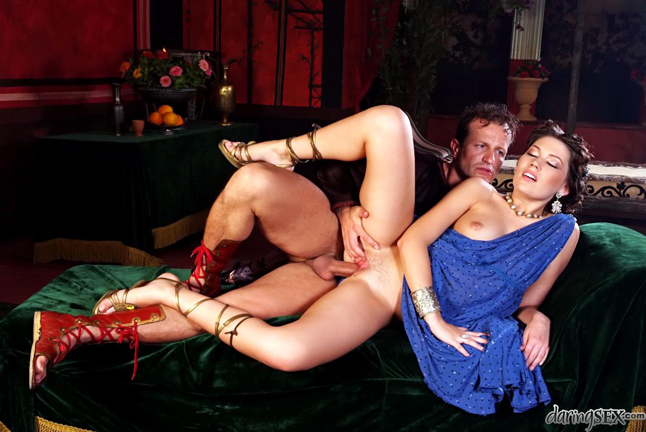 Групповое порно с порноактрисами видео онлайн тихо, выдовало