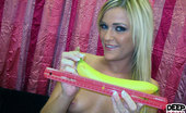 Deep Throat Love Mckenzie Miles Hot Blonde Mckenzie Shows Off Her Deepthroat