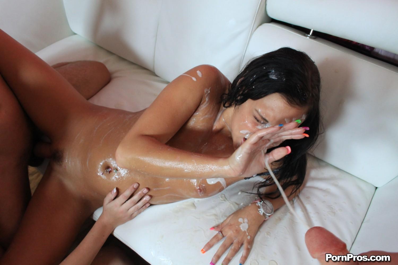 Смотреть порно онлайн залили спермой 24 фотография