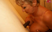 Mature Gloryhole This Cockhungry Mature Slut Gets A Special Surprise