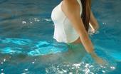 Mariah Spice Mariah Swimming