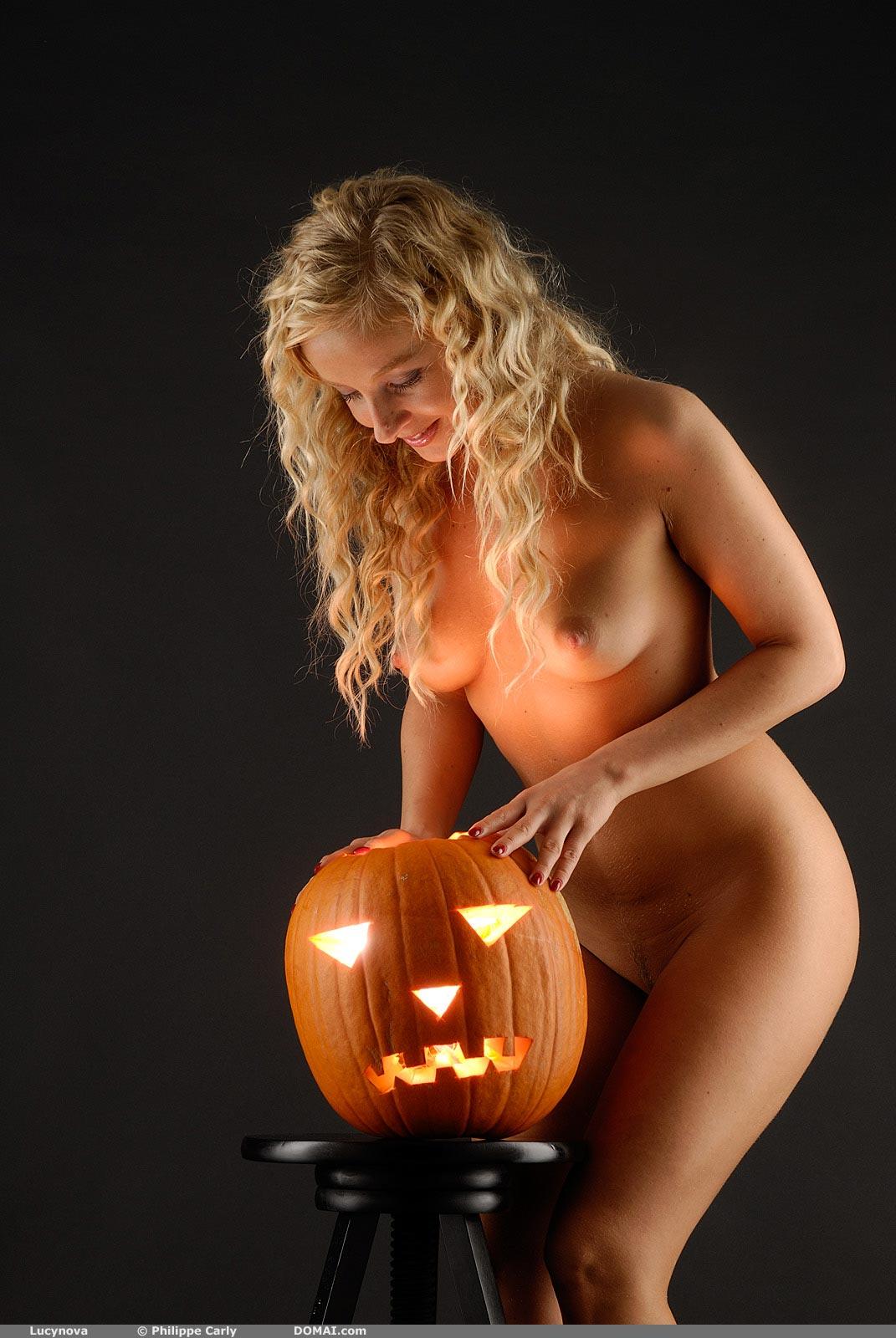 Смотреть онлайн порно кастинг celine sylvia 28 фотография