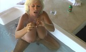 Claudia Marie 0612mextub Gets Naked In A Jacuzzi In Mexico.