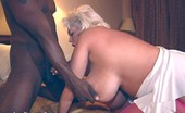 Claudia Marie 1103kandyman Does A Lap Dance & Ends Up Fucking For Money