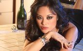 Wicked.com Kaylani Lei This Is How This Asian Milf Kaylani Lei Entertains When Staying Alone At Home