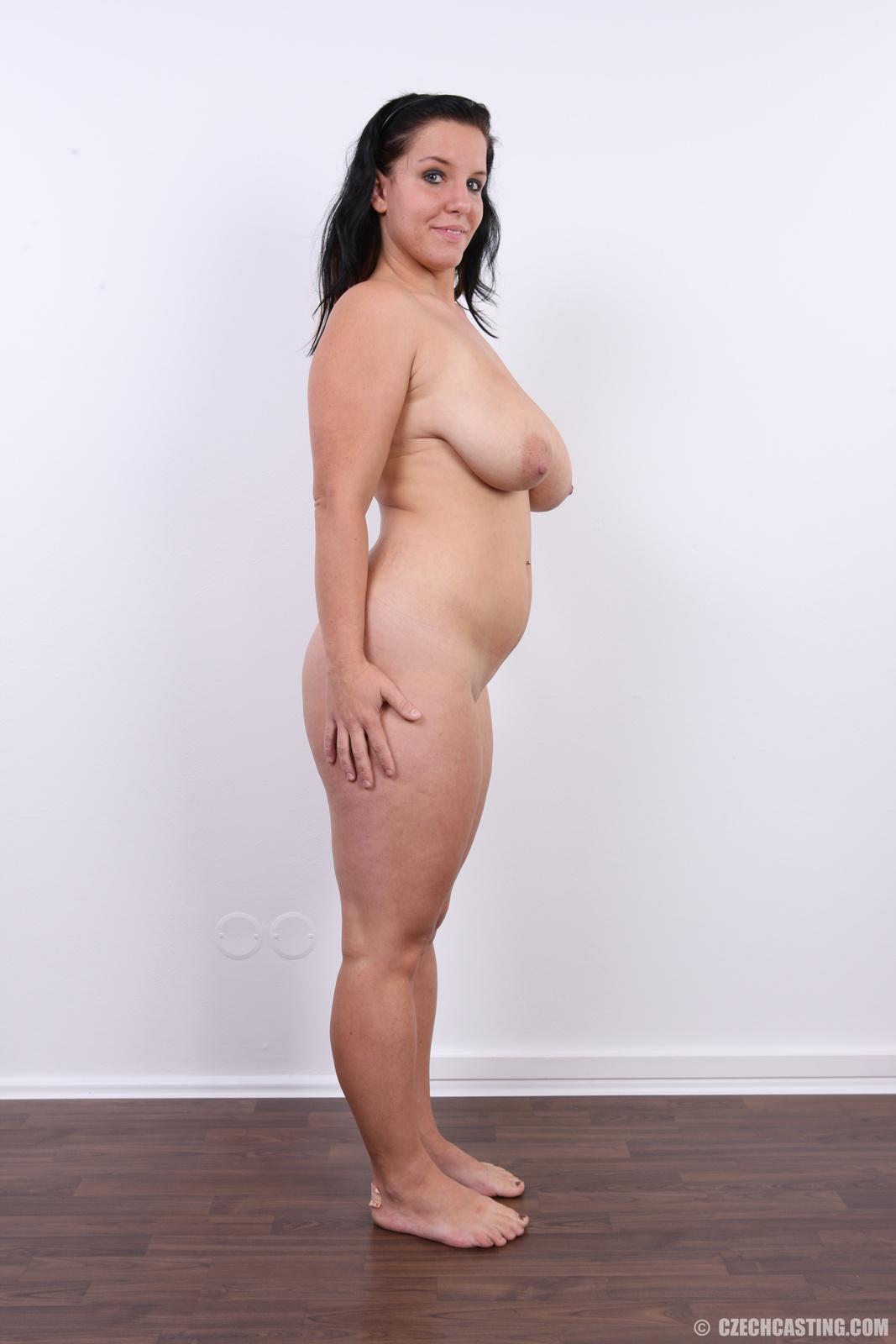 pics of black moms in shower naked