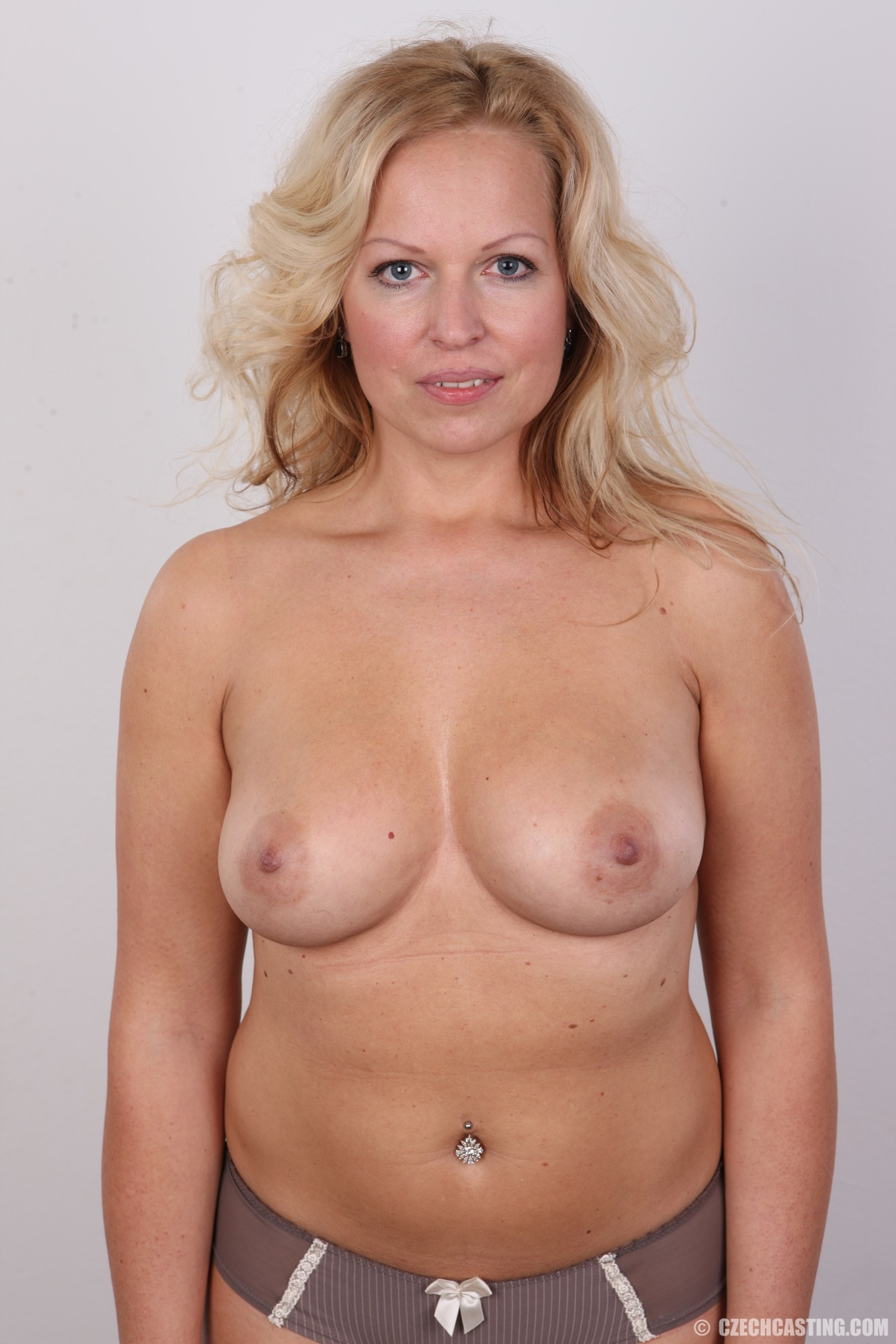 Real czech amateur monika at the 1st casting 4