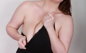 Georgina Gee Hot BBW Gets Her Huge Tits Messy With Blue Paint