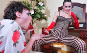 Strapon Sissies Evelina & Jack Sultry Babe Helps To Make Up Her Sissy Lover Before Shared Double Dildo Fun