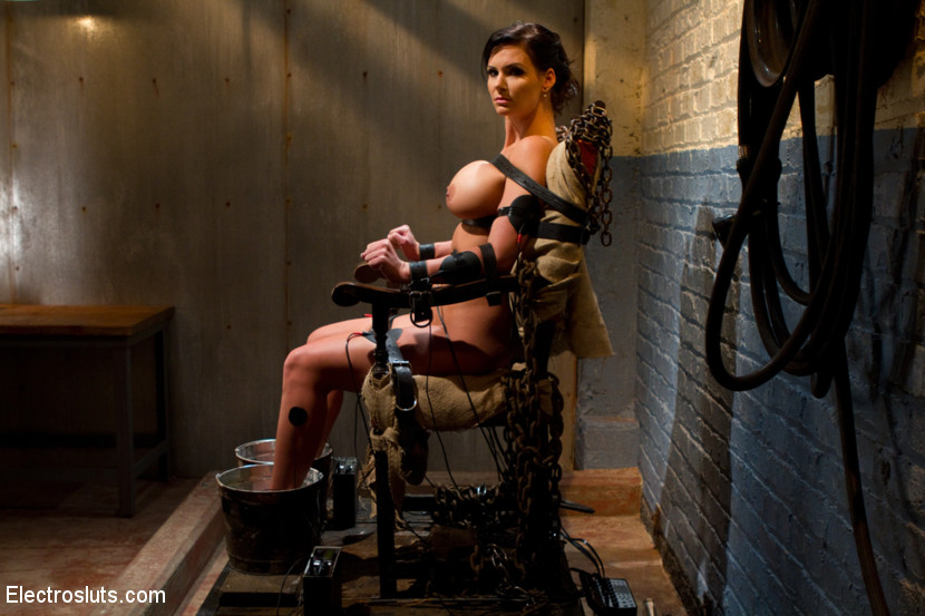Girl having sex with a electric chair amusing