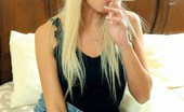 Smoking Videos Jessica Menthol Cigarette Blonde Babe Smokes A Menthol Cigarette And Shows Her Naked Pussy