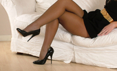 Stiletto Girl Sexy Davina Is Showing Off Her Nylon Stockings And High Heels