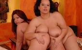 Lesbian Chunkers Chyntia & Judit Hot BBW Lesbians Licking Labia
