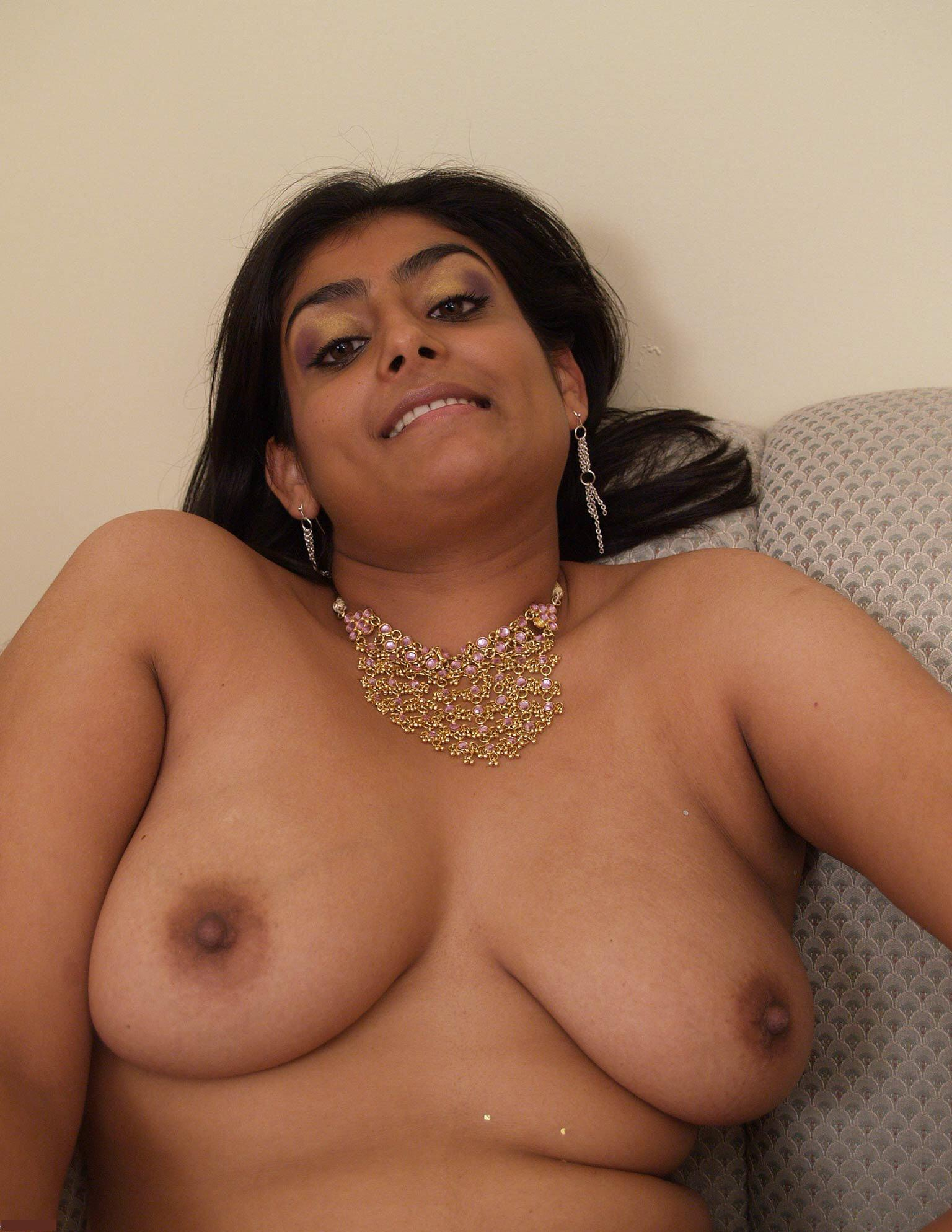 индианки зрелые голые рассказы подруги анальном