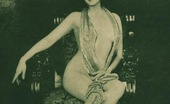 Vintage Classic Porn Several 30s Ladies Showing Their Fine Bodies Fully Naked