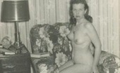 Vintage Classic Porn Some Naked Fourties Wifes Showing Their Fine Body Parts