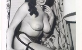 Vintage Classic Porn Hairy Vintage Voluptuous Ladies Posing In Sexy Stockings