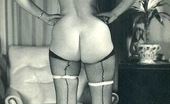 Vintage Classic Porn Some Sensual Vintage Babes Showing Their Big Curvy Asses