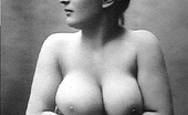 Vintage Classic Porn Ladies From The Twenties Showing Their Big Natural Tits