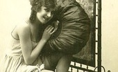 Vintage Classic Porn Some Real Old And Vintage Naked Art Babes Thirties Pictures