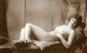 Vintage Classic Porn Cute Hairy Vintage Chicks From The Twenties Posing Naked