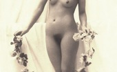 Vintage Classic Porn Some Vintage Naked Girls Wearing Flowers In The Thirties