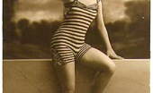 Vintage Classic Porn Horny Vintage Beauties Taking A Hot Bath In The Twenties