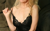 My MILF Boss A Nice Looking Mature Lady Boss Gets Some Satisfaction