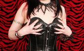 Gothic Sluts Serena Toxicat Hot Tattooed Gothic Dominatrix