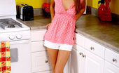 Nubiles Andie Teen Andie On Kitchen Posing And Wants To Cook For Your Eyes