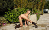 ALS Angels Miamalkova01s Flexible Mia Malkova Exposes Her Clit Then Poses Outdoors