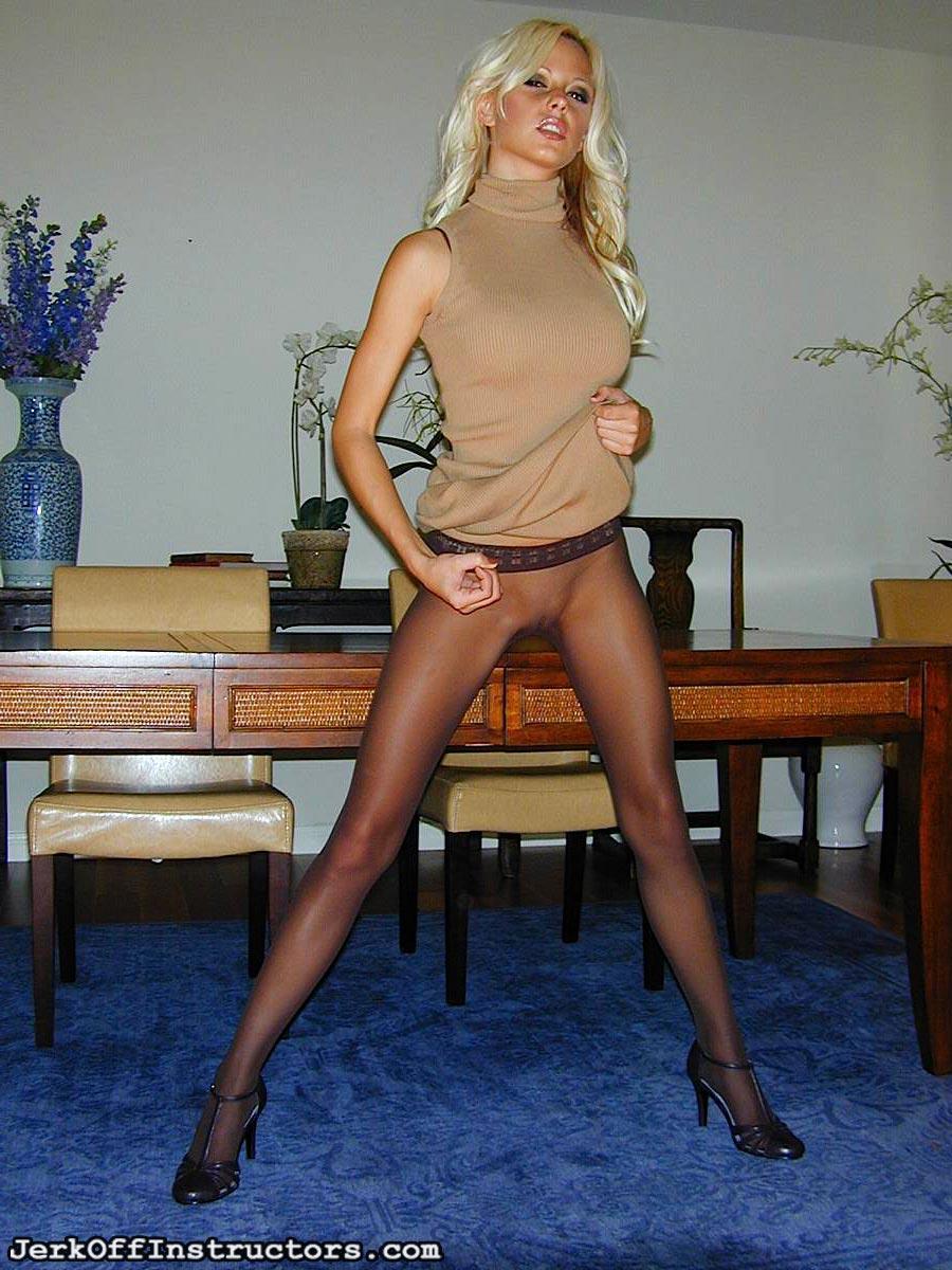 nude pics of vanessa cruz
