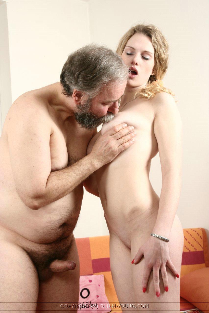 porno-babi-pristayut