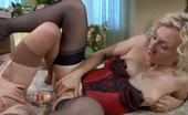 Backdoor Lesbians Betty & Veronica Hot Lesbian Girlfriends In Sexy Undies Use A Double Dildo For Mutual Anal