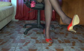Nylon Feet Videos  Lusty Babe With Lovely Feet In Toe-Reinforced Hose Rubs Her Soaking Pussy